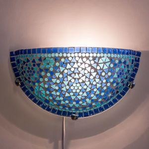 Blauwe mozaiek wandlamp Haja, mozaiek