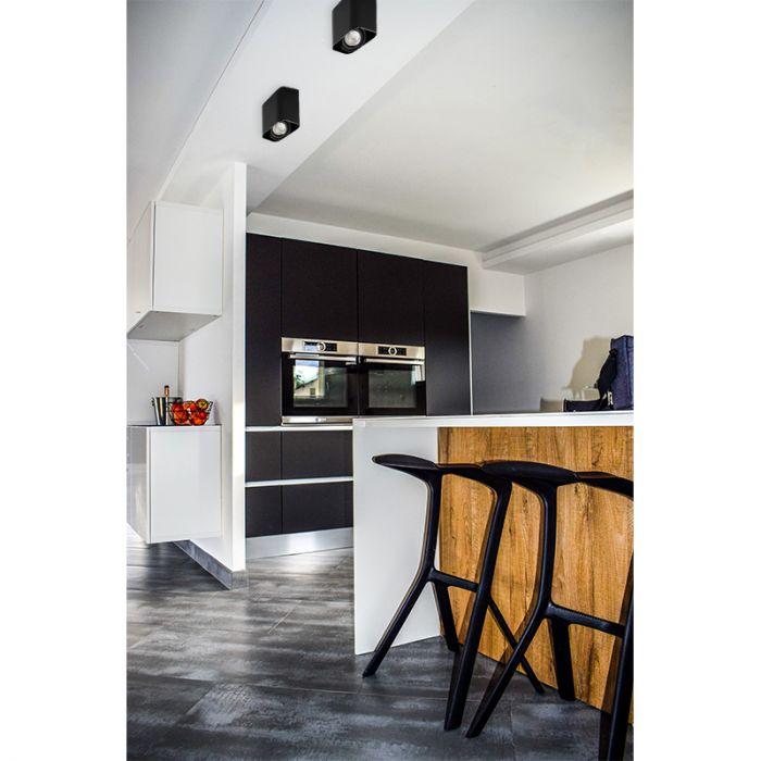 Moderne, zwarte opbouwspot Bera, Richtbaar spotje